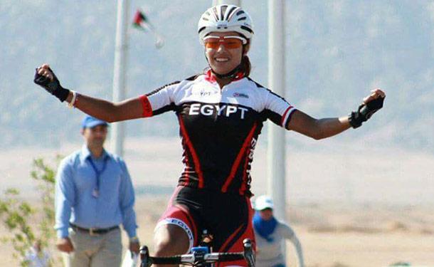 إبتسام زايد تفوز بـ7 ميداليات ذهبية وتكتسح بطولة الدراجات الأفريقية