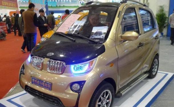 بالصور: النسخة الصينية المقلدة من BMW i3