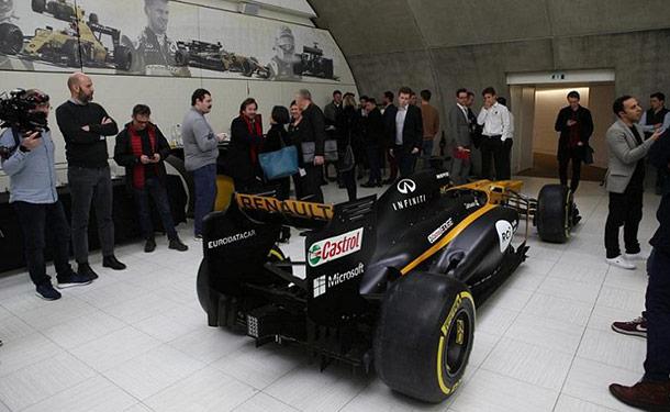 برنامج رينو للفورمولا 1 يفتح أبوابه نحو الشرق الأوسط